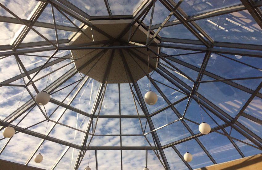 Lucerglass empresa de lucernarios que dan luz natural y confort - Cubierta de cristal ...